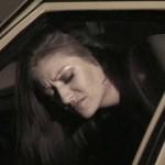 Lesbiennes qui baisent dans un taxi